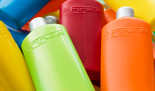 Different colored PET bottles by fibasol liquid colorants